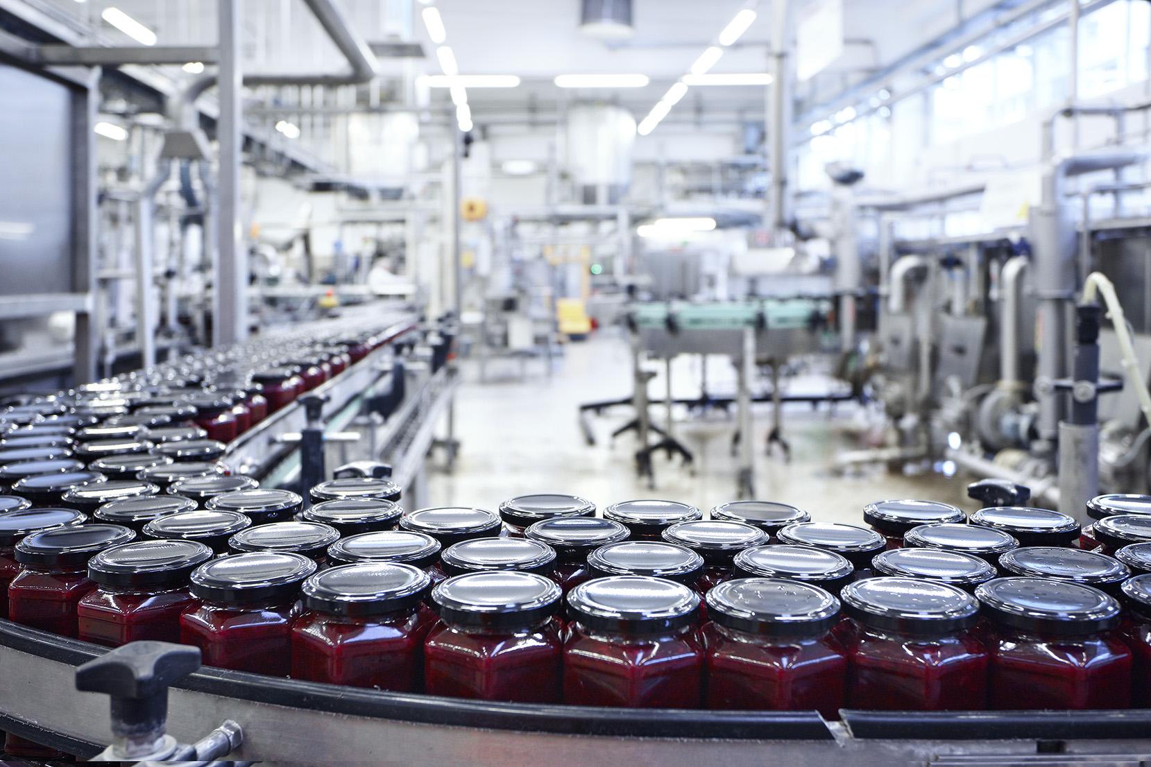 in der Produktion des Saucen, Konfitüren & Marmeladen Herstellers Spitz